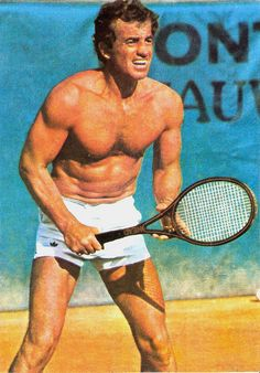 SI VOUS AIMER LES MECS FRANCAISE, JE VOUS PRESENTE MONSIEUR JEAN PAUL BELMONDO. IL EST BEAU, ET BIEN MUSCLEE, N'EST-CE PAS? SUPER-SEXY!