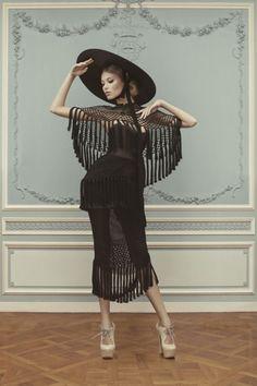 Ulyana Sergeenko Haute Couture Spring/Summer 2013 look book Couture Mode, Couture Fashion, Runway Fashion, Vogue Fashion, 1950s Fashion, Vintage Fashion, Fashion Week, Fashion Art, High Fashion