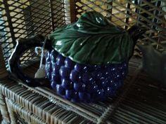 Grape teapot. txsister99@yahoo.com