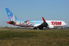 "TAM (LATAM Airlines) Boeing 767-300/ER in ""Walt Disney World 2015"" livery"