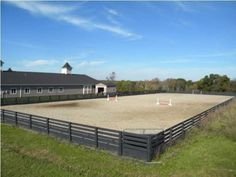 Large outdoor riding ring...we are going to need this!