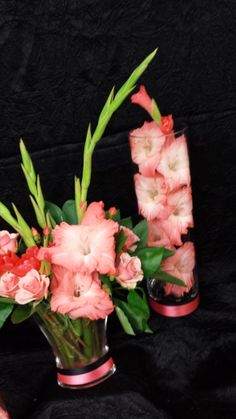 Centerpieces with coral Gladiolus