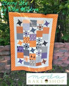 """Starry Sky is a fun and """"spooky"""" Halloween quilt using the Hocus Pocus Collection by Sandy Gervais for Moda."""