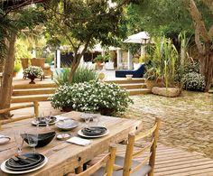 a garden in Tel Aviv #travel #travelinspiration #travelphotography #telaviv #YLP100BestOf #wanderlust