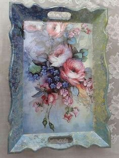 You are in the right place about Decoupage macetas Here we offer you the most beautiful pictures about the Decoupage paper you are looking for. Decoupage Vintage, Decoupage Box, Wood Crafts, Diy And Crafts, Arts And Crafts, Tole Painting, Painting On Wood, Deco Rose, Decoupage Furniture