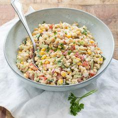 Mexican Quinoa Salad, Quinoa Salad Recipes, Vegetarian Recipes, Healthy Recipes, Pesto Vegan, Easy Diner, Feta, Healthy Family Meals, Food Inspiration