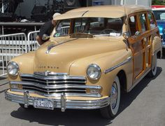 1949 plymouth | 1949 Plymouth Woody - Beige - Front Angle