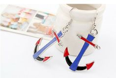 A New Exaggerated Personalized Fashion Earrings