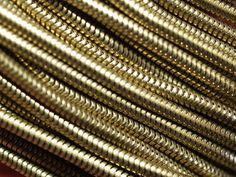 Lant din alama - 1 metru - 1 mt 2,4 mm Raw Brass Snake Chain de Dunare Breslo Steampunk, Brass Chain, Craft Supplies, Snake, Metal, Shop, A Snake, Metals, Snakes