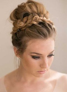 Wedding Hairstyles For Long Hair high bun wedding hairstyles, tup bun hairstyles for brides - top bun wedding hairstyle Bride Hairstyles, Hairstyles Haircuts, Cool Hairstyles, Formal Hairstyles, Long Haircuts, Top Not Hairstyle, Everyday Hairstyles, Latest Hairstyles, Hairstyle Ideas