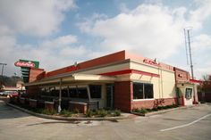 Brekkie ar Eat 'n Park Restaurant in  Grove City, Pennsylvania -