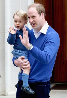 Pin for Later: Princess Charlotte Is 1 Month Old — Relive Her Exciting Debut! When William and George Waved Together