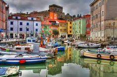 Muggia, Trieste, porticciolo  Italia