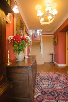 Entrance hall, English bed and Breakfast.