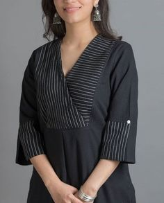 Neckline designs for kurta Overlapped style– You can either Salwar Neck Designs, Churidar Designs, Kurta Neck Design, Neckline Designs, Kurta Designs Women, Dress Neck Designs, Latest Kurti Designs, Indian Kurtis Designs, Kurtis Indian