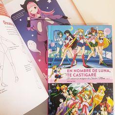 Para fans de Sailor Moon y aficionados al Manga en general os recomendamos dos libros.  Un volumen donde revivir más que nunca la magia de esta icónica serie de 5 chicas que llevaron la magia a la tercera dimensión.  Y una guía de referencia para dibujar conjuntos de vestir y personajes con mucho estilo.  PVP: 23.95€ y 19.95€ respectivamente.