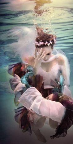 . | Underwater photography