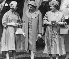 1958.Queen Elizabeth The Queen Mother Style Evolution: From Pearls To Pearls (PHOTOS)