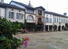 Place Royale de Labastide d'Armagnac