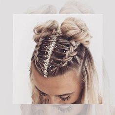 10 Peinados para el calor y las amantes del cabello suelto Today's gallery of trendy braided hairstyles offers tons of new ideas from fancy bridal hairdo's to 'weekend' messy braids. And in the latest blonde shades! Concert Hairstyles, Box Braids Hairstyles, Cute Hairstyles, Half Braided Hairstyles, Hairstyles Videos, Hair Updo, Curly Hair, Medium Hair Styles, Natural Hair Styles