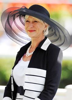 Found on nickverrreos.blogspot.co.uk Large brimmed hat using horsehair