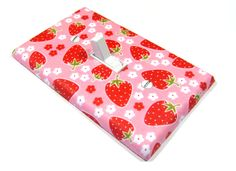 Strawberry Light Switch Cover! Yes! #pinhonest