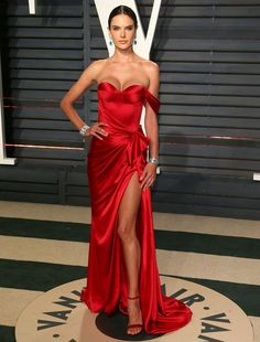 ALESSANDRA AMBROSIO IN RALPH RUSSO GOWN