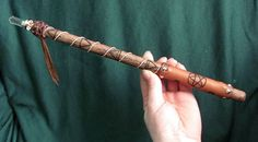Paranormal Searchers: Magical tools in Wicca Wicca Wand, Wicca Witchcraft, Yasmine Galenorn, Wiccan Crafts, Eclectic Witch, Diy Wand, Book Of Shadows, Occult, Witches