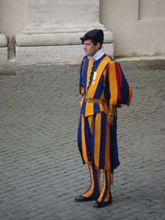 #Swiss Guard #Rome #Vatican Italy