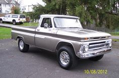 1965 Chevy C/20 4x4| Color Pewter 1999 GM W/ White accents