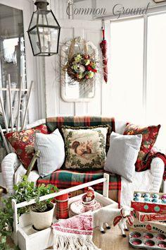 Common Ground: Mini Christmas Home Tour 2013