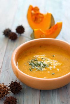 Sopa de Zapallo - El Sabor de lo Bueno Fall Soup Recipes, Pumpkin Recipes, Calabaza Recipe, Vegetarian Recipes, Healthy Recipes, Healthy Menu, Winter Soups, Freezer Meals, Kids Meals