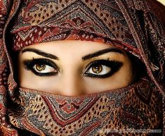 if i could only show my eyes..i would be doing amazing things with eye make-up!! Beautiful Eyes Pics, Stunning Eyes, Beautiful People, Beautiful Women, Amazing Eyes, Beautiful Hijab, Lovely Eyes, Amazing Things, Beautiful Images