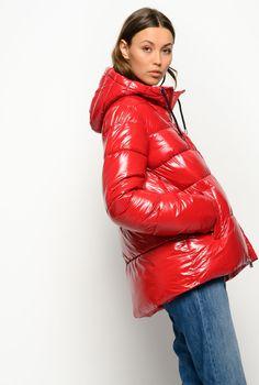 Nylons, Puffy Jacket, Cool Girl, Jackets For Women, Winter Jackets, Womens Fashion, Coats, Nice, Girls