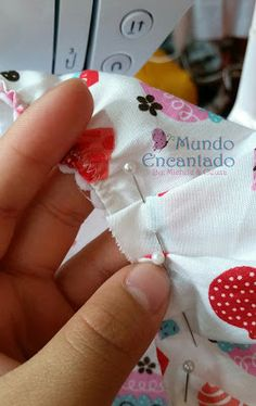 Mundo Encantado da Miih: PAP - Touca Cozinheiro Hat Patterns To Sew, Funky Design, Diy Crafts To Sell, Picsart, Needlework, Projects To Try, Coin Purse, Patches, Shabby