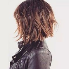 60 Messy Bob Hairstyles for Your Trendy Casual Looks - Frauen/woman Haarschnitt/haircut – pure hairstyle – wir schaffen kreative Frisuren – verwöhn - Messy Bob Hairstyles, Haircuts For Fine Hair, Creative Hairstyles, Hairstyles Haircuts, Trendy Hairstyles, Lob Hairstyle, Hairstyle Ideas, Hair Ideas, Layered Hairstyles