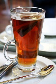 Does Decaffeinated Tea Have the Same Health Benefits As Caffeinated Tea?