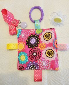 Baby girl toy plush crinkle toy teething link by Sassydoodlebaby, $8.99