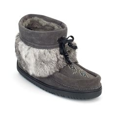 Manitobah Keewatin Mukluk - Charcoal - Kerlin's Western and Work Wear - 1 Canadian Clothing, Walk In My Shoes, Shoe Boots, Baby Shoes, Winter Fashion, Cute Outfits, Stylish, My Style, Charcoal