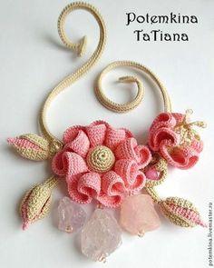 """Колье, бусы ручной работы. Ярмарка Мастеров - ручная работа Колье """"Фея Фруктового Льда"""". Handmade. Love Crochet, Irish Crochet, Beautiful Crochet, Crochet Flowers, Crochet Lace, Crochet Brooch, Crochet Bracelet, Freeform Crochet, Crochet Earrings"""