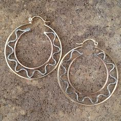 Eye-catching Hoop Earrings | Gold Silver Bronze For any outfit from the very casual to the very formal. Reward your jewelry collection! 14K Gold Silver Bronze Plated / Gift Packaging Victoria Perez Collection Jewelry Earrings