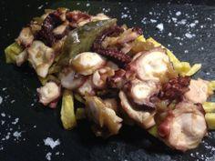 Pulpo frito con patatas y cebolla caramelizada, uno de los platos estrella de las Jornadas de la Cocina Gallega