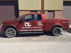 Some fresh new digital print and cut vinyl graphics installed for our neighbour at Ontario Lift Equipment! #vehiclegraphics #vinylgraphics www.SpeedproDurham.ca