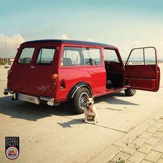 Mini Clubman : Foto Mini Cooper Classic, Classic Mini, Retro Cars, Vintage Cars, Mini Clubman, Mini Coopers, Tyre Shop, Ford Classic Cars, Mini Trucks