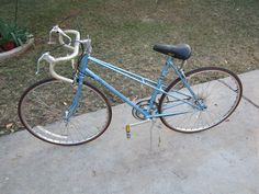 Vintage Peugeot Womens Ladies 12 Speed Bike Bicycle From The 80's Made In France