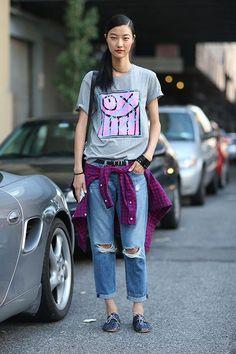 画像 : サラリと着こなす「プリント&ロゴTシャツ」は海外女子が手本 - NAVER まとめ
