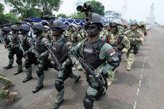 Usulan Pola Baru Rekrutmen Prajurit TNI di Pulau Terluar Troops, Soldiers, Army Soldier, Military Police, Tactical Gear, Armed Forces, Airsoft, Navy, Men