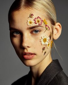 Beautiful Bright Bold Summer Spring Themed Floral Face MakeUp Trends Tumblr Claire Plekhoff