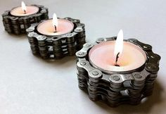 Bicycle Chain Tea Light Holder - Flower Pedal - Bike Bicycle Candle - Made precious with post-consumer bike chain these charming little tea light candle holders cast mellow am. Steampunk Wedding, Gothic Steampunk, Steampunk Clothing, Victorian Gothic, Steampunk Fashion, Gothic Lolita, Bike Chain, Tealight Candle Holders, Candle Cups
