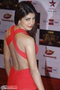 Bollywood Girls Deepika and Priyanka in Race for Vijay Flick!